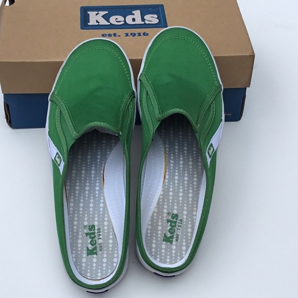 d82268f646cfc KED S WOMEN S SUMMIT MULE GREEN slip ons Canvas. NWT. Keds